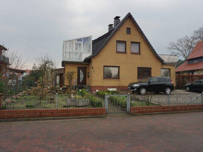 Saniertes Einfamilienhaus mit Großem Garten